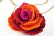 Filcowy kwiat