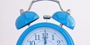 zegarek z budzikiem