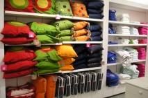 Półki w sklepie