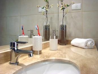 Jak usunąć kamień w łazience?