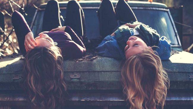 Kobiety powinny się przyjaźnić