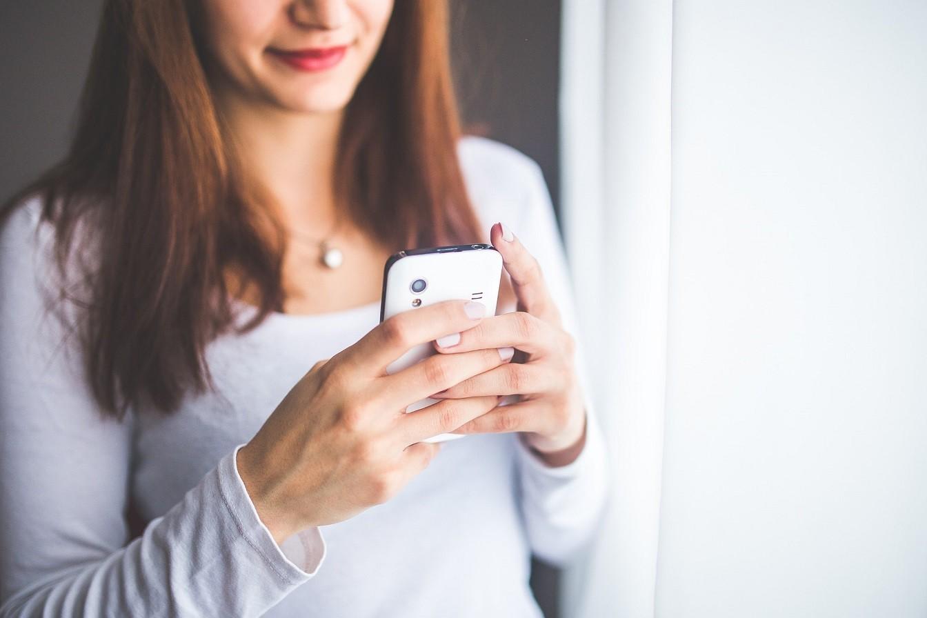 Telefon - minimalizm