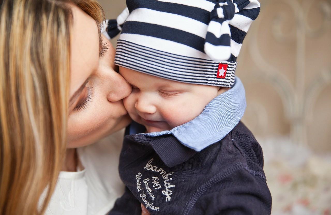 Mama - dziecko - bliskość