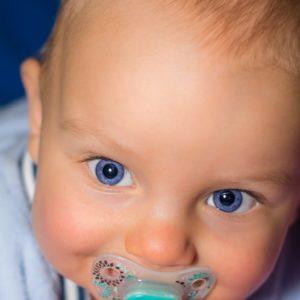niemowlę oczy